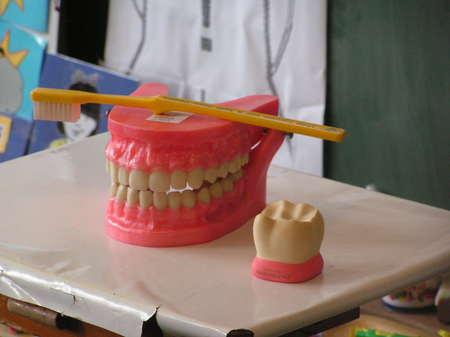 Une brosse a dent electrique - 1 9