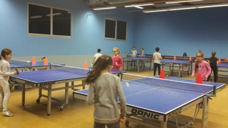 Première séance de tennis de table