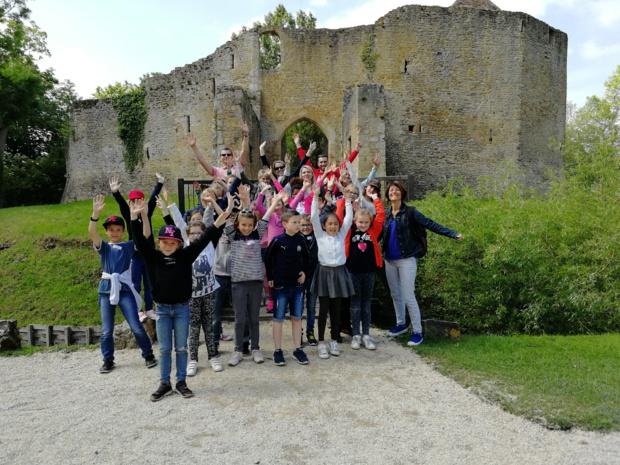 Les CE1/CE2 au château de Crèvecoeur