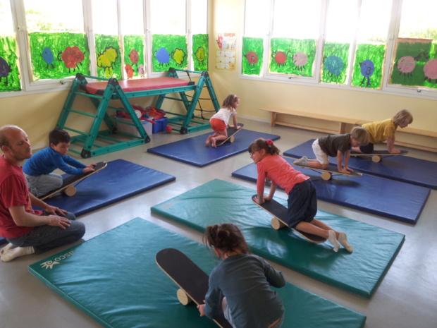 """Ateliers """"cirque"""" en Maternelle!"""