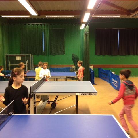 Dernière séance de tennis de table pour les CM1