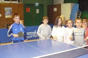Les photos du tennis de table CE2