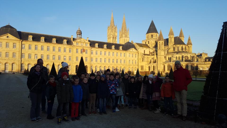 Les CP/CE1/CE2 à l'abbaye aux hommes