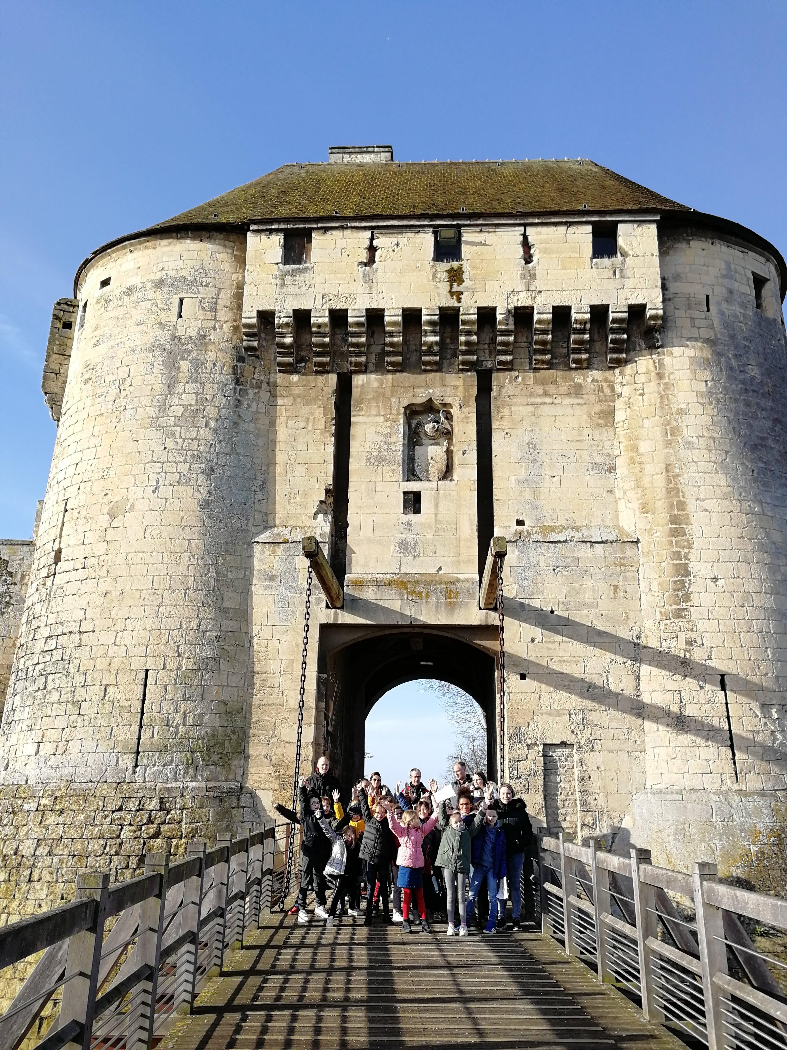 Les CE1/CE2 au château de Caen