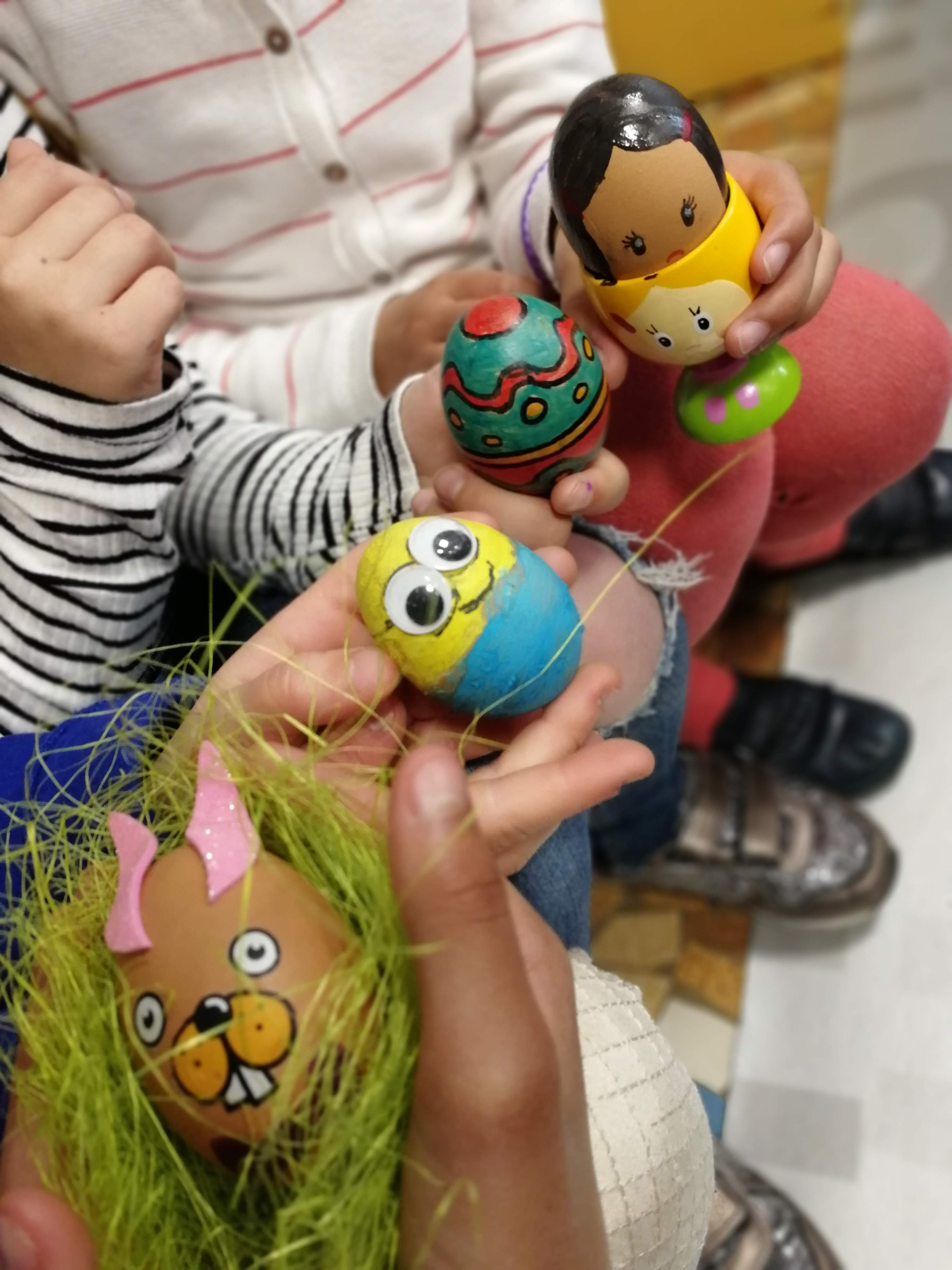Egg rolling avec les CE1 et les CE2.