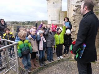 Les CP/CE1 visitent le château de Falaise