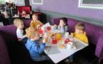 Petit-déjeuner au restaurant...