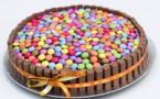 Préparation de gâteaux pour la kermesse