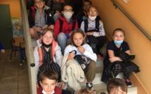 Sortie scolaire de fin d'année à Arromanches sous le le thème de la seconde guerre mondiale et sous un soleil radieux